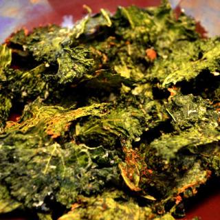 Σούπερ εθιστικά kale chips