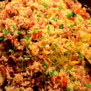 Some like it hot (καυτερό ρύζι με λουκάνικο)