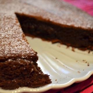 Το «απλά δεν σε γουστάρει» κέικ (υγρό κέικ σοκολάτας)