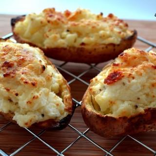 Πατάτες διπλοφουρνιστές γεμιστές με τυρί