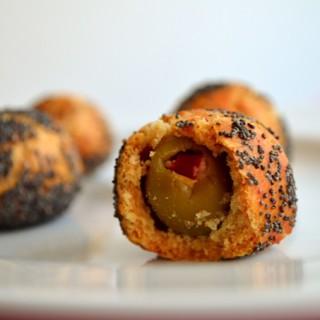 Τυρένια μπαλάκια ελιάς