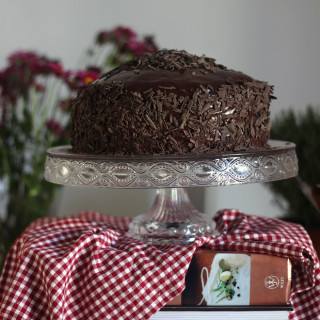 Κέικ υπερβολικής δόσης σοκολάτας