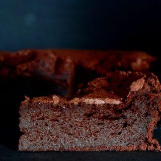 Σοκολατένιο κέικ σαν μους
