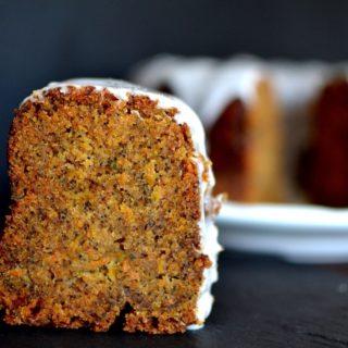 Κέικ καρότου με παπαρουνόσπορο